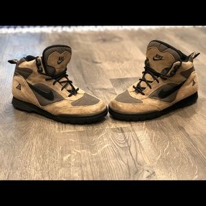 Vintage Nike ACG Boots, Women's Size 10